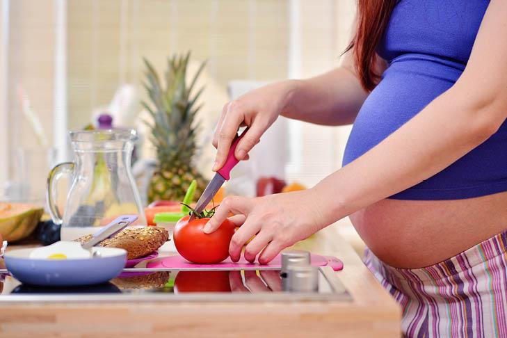 es bueno comer higado de pollo en el embarazo